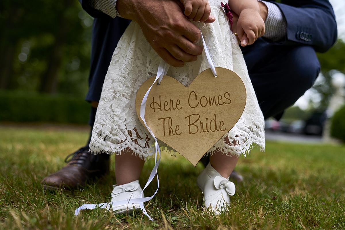 Hier komt de bruid